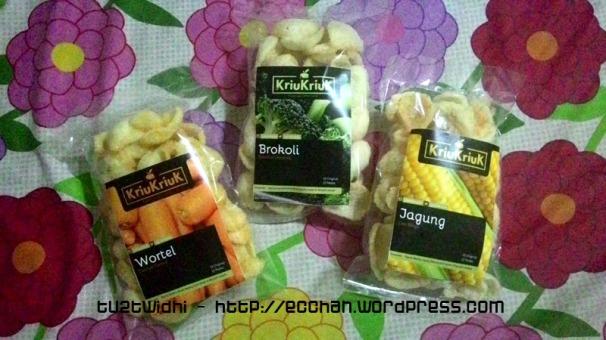 tiga varian rasa sayur: jagung manis, wortel dan brokoli.